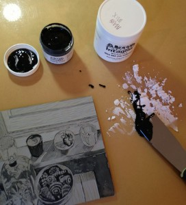 mixing akua intaglio ink with akua mag mix to stiffen the ink enough for relief or block printing