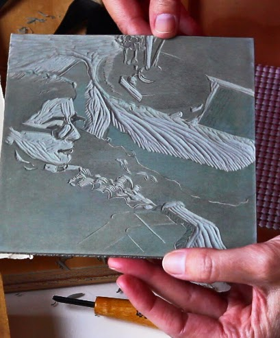carving-a-reduction-linocut