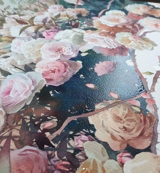 a still life painting of roses by Tati Shundeeva
